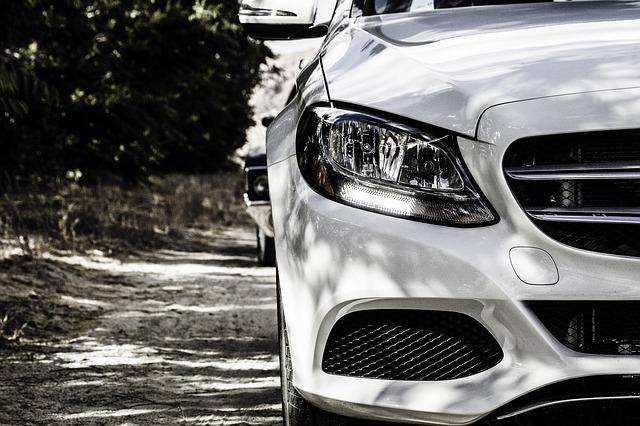 สัญญาณเตือนภัยรถยนต์อาจถูกแฮกได้ รถยนต์สามล้านคันเสี่ยงต่อการถูกขโมย